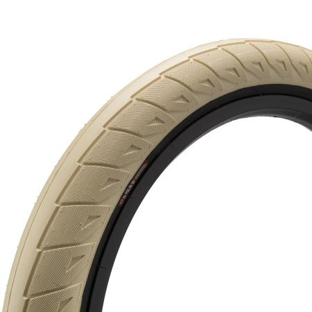 Cinema Williams 2.5 cream with back wall BMX tire